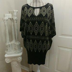 VENUS Black & Metallic Gold Printed Sweater